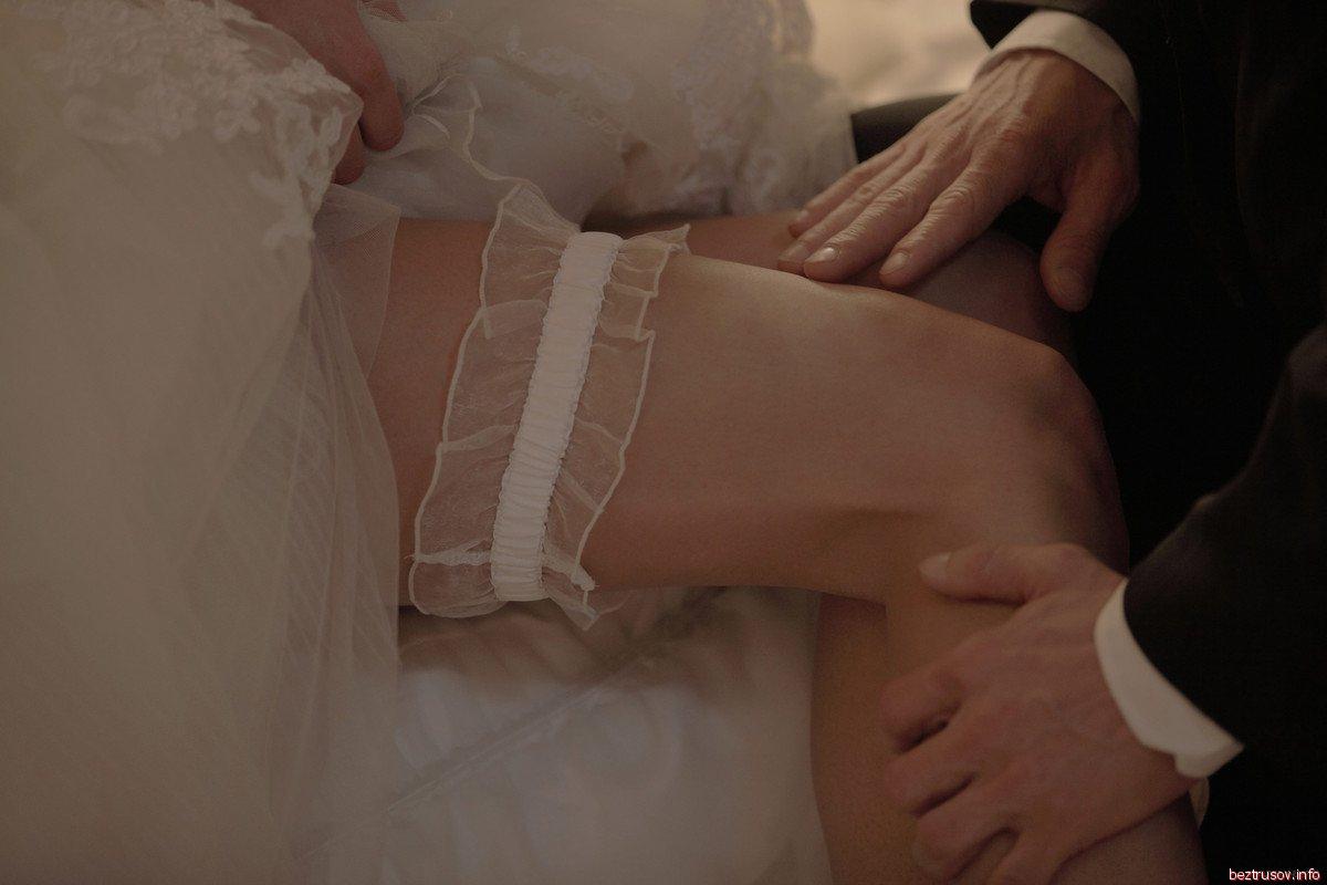 Секс молодоженов спб порно, голые девушки блондинки в чулках