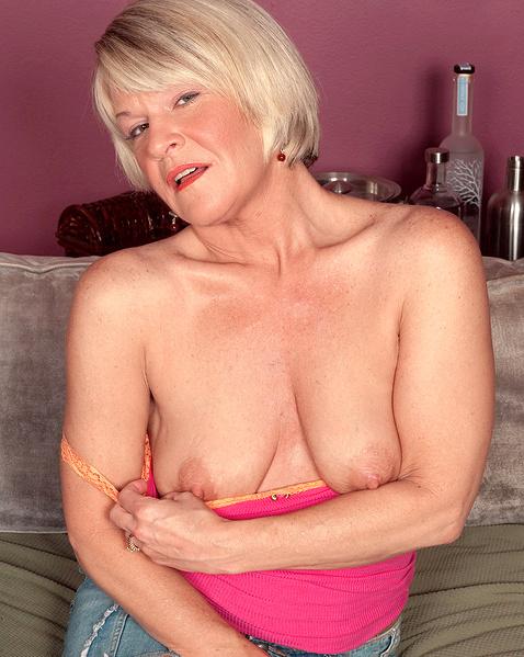 Очем мечтает зрелая женщина порно фото 14-838