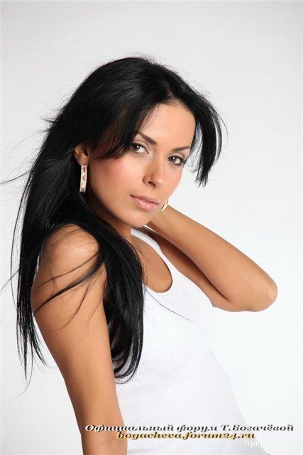Эротические фото голой звестной Татьяны Богачевой на камеру