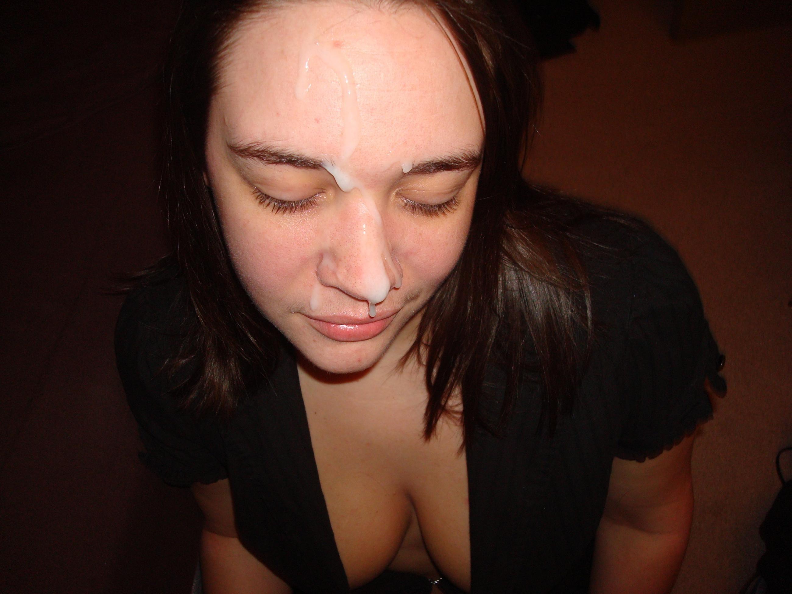 Фотографии девушек с спермой на лице, Сперма на лице женщин домашнее фото частное порно 2 фотография