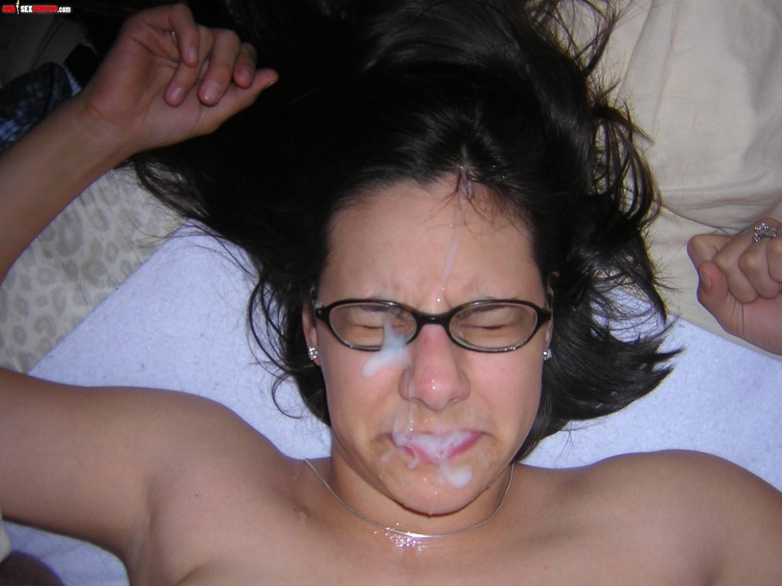 С хуя сперма на лиц 25 фотография