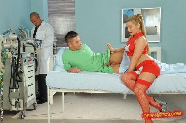 двойное порно медсестру