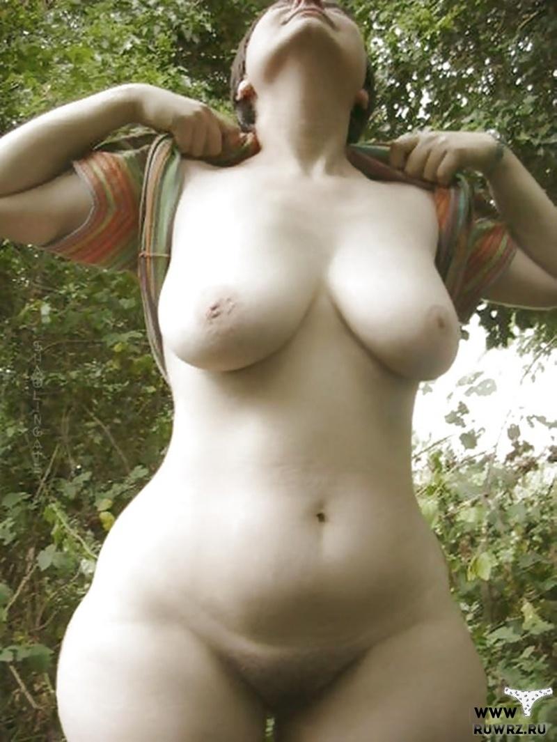 Развратные девки и бабы  голые развратные девушки и сучки
