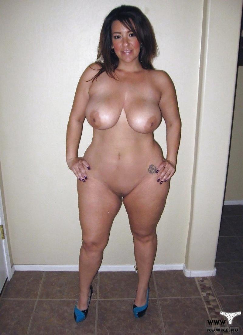 Плейбой женщина с широкими бедрами фото