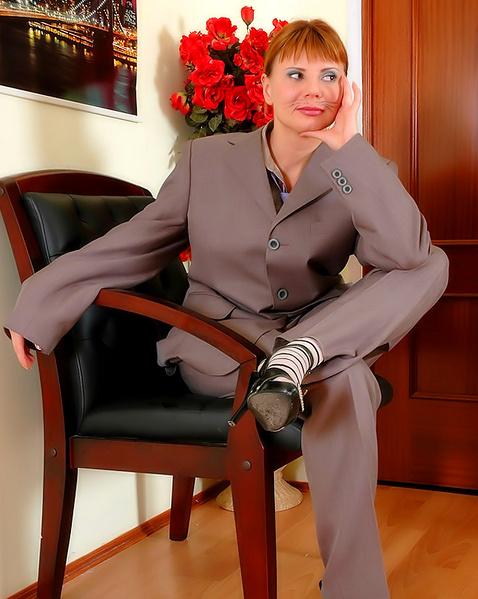 Порно фото гламурные невесты, ксения собчак обложка фото девушку без лифчика трусов