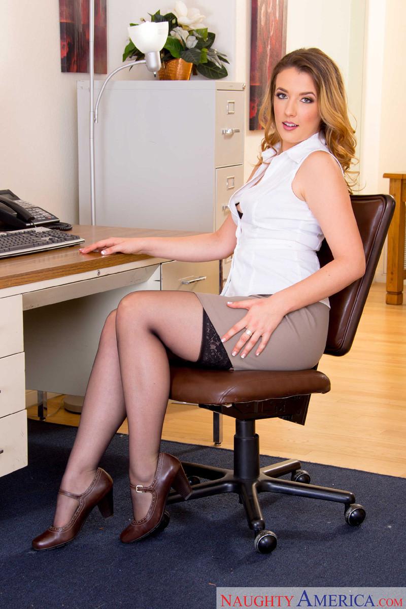 Женщина пышка фото секретарша, фото взрослая дала в пизду