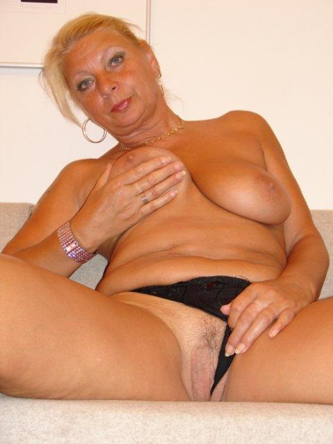 Бабка гэнг порно
