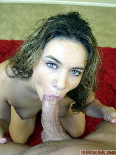 Кудрявой проститутки с висячими дойками кончил в рот после орального секса