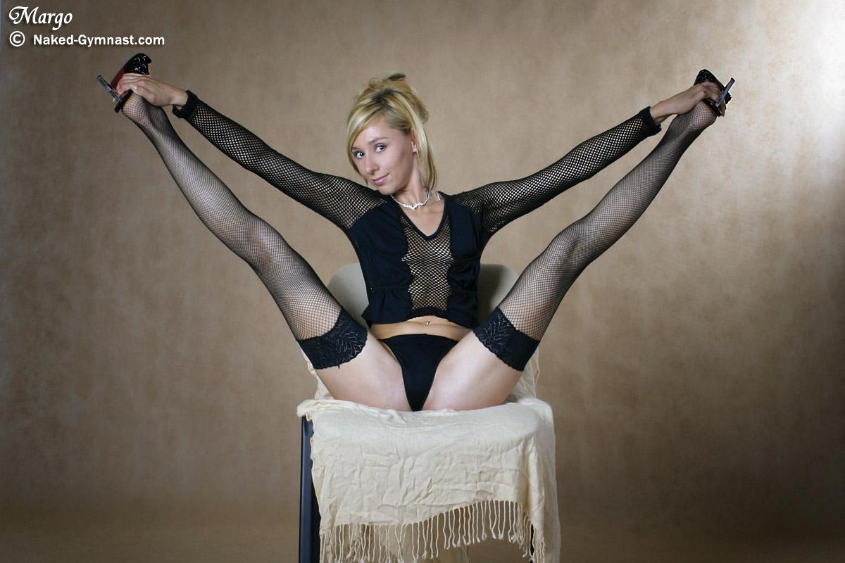 Порно с грудастой жопастой гимнасткой — img 12