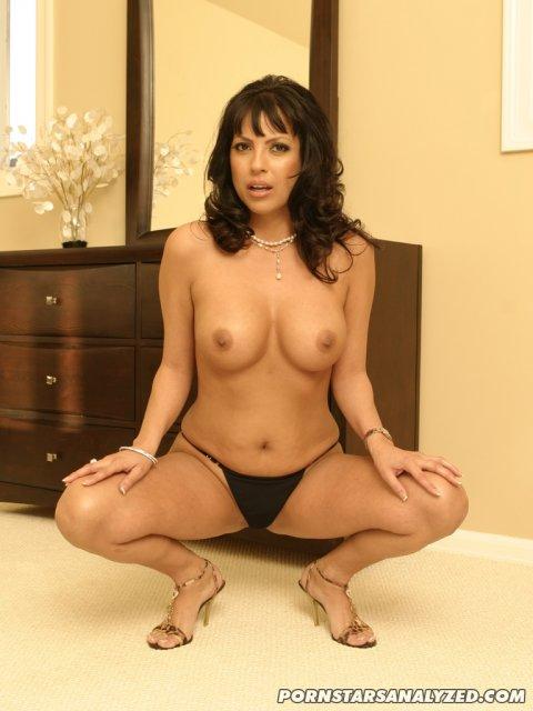 porno-aktrisi-analniy-seks