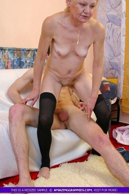 Старая бабка в ритузах порно фото 338-181