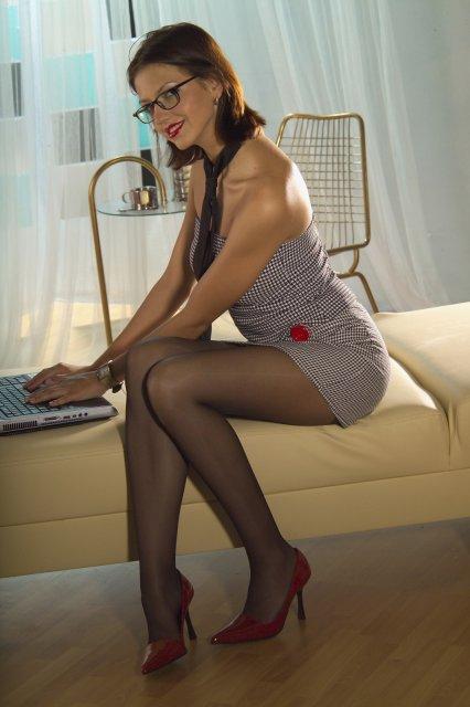 Порно в коротком халате русс жена