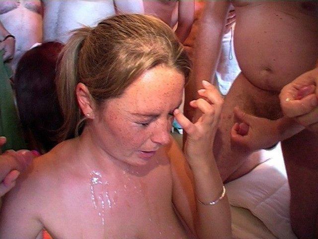Домашние интим фото сперма во рту и на губах #2