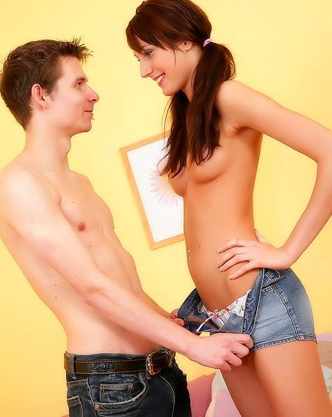Ламината фото порно сессии худенькие попки уже кончил ему