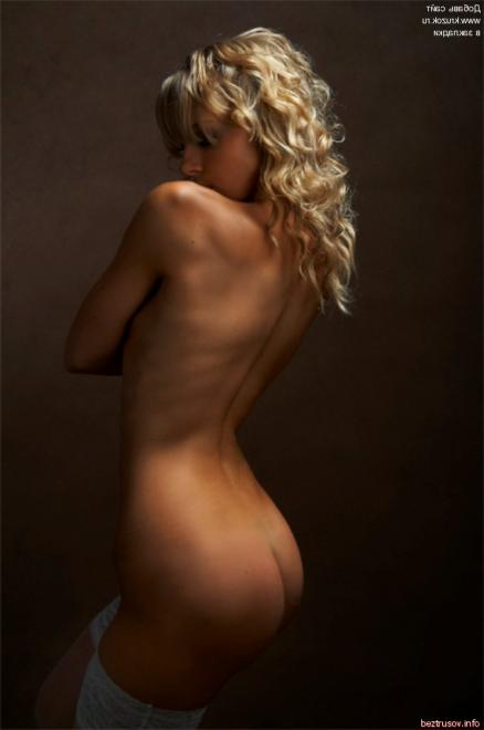 Красивые жопастые девочки в галерее порно фото