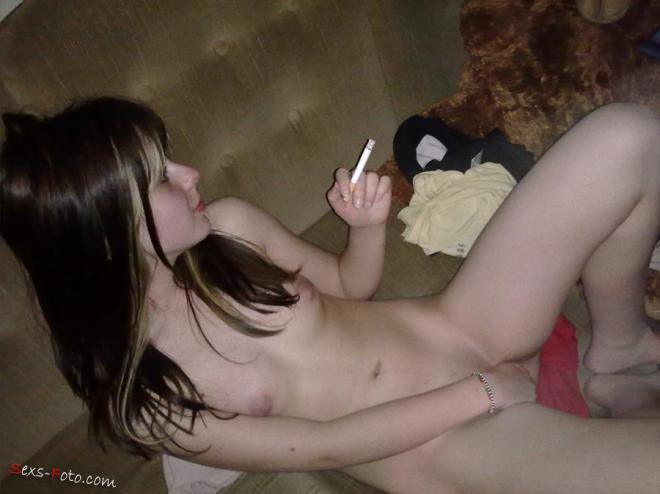 Домашнее запретное порно с голой пьяной девкой