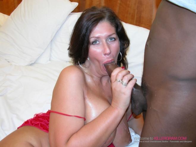 Межрасовый оральный секс с негром бабы в красном белье