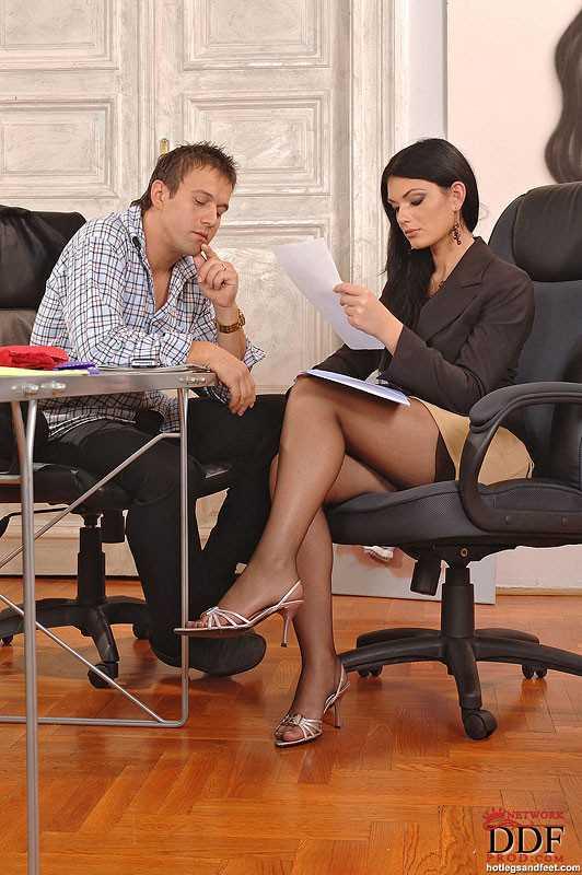 Профессиональный горловой минет от секретарши