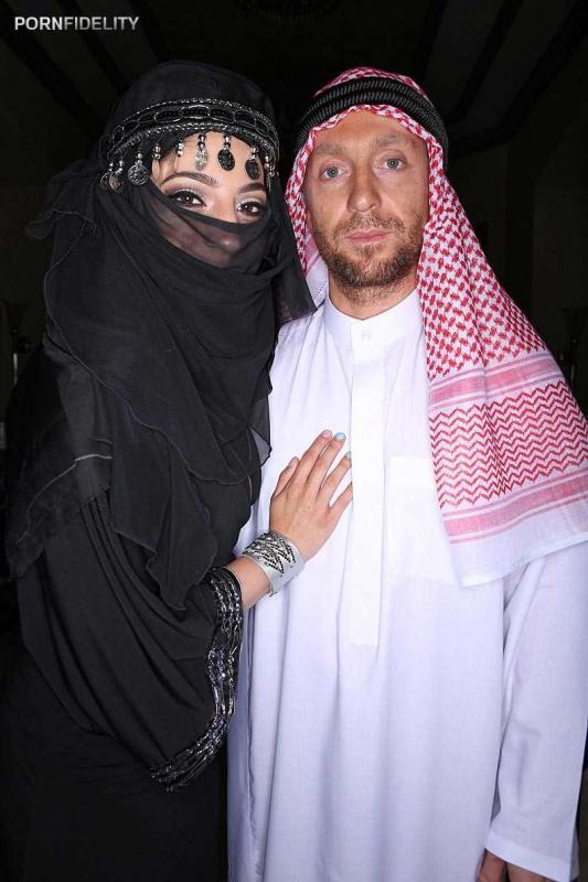Ебля с восточной красавицей в арабском порно